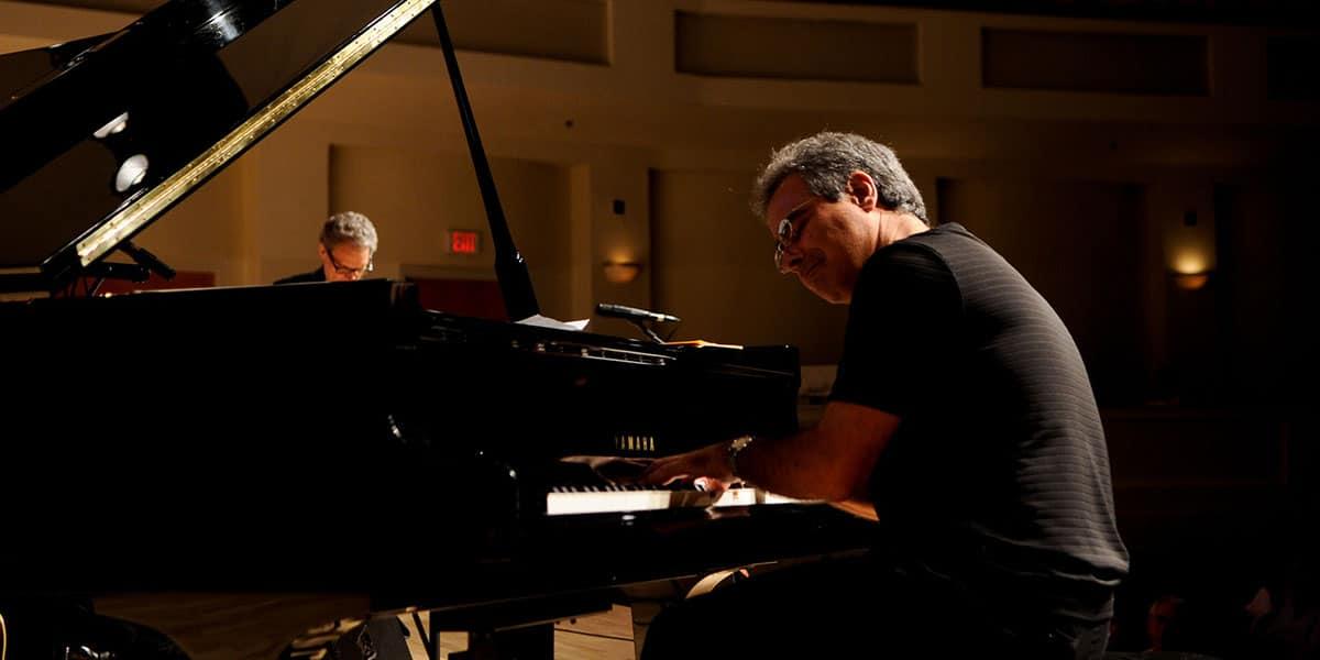 Michael Orta jazz pianist image